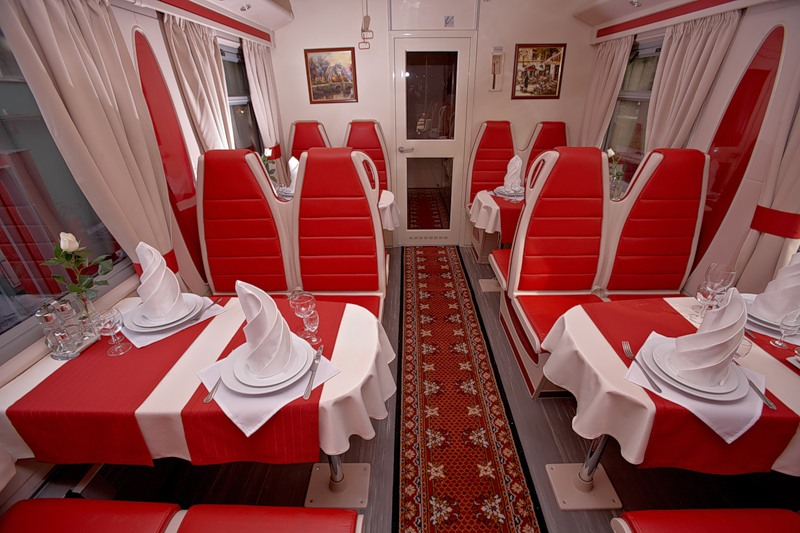 поезд_москва-гицца